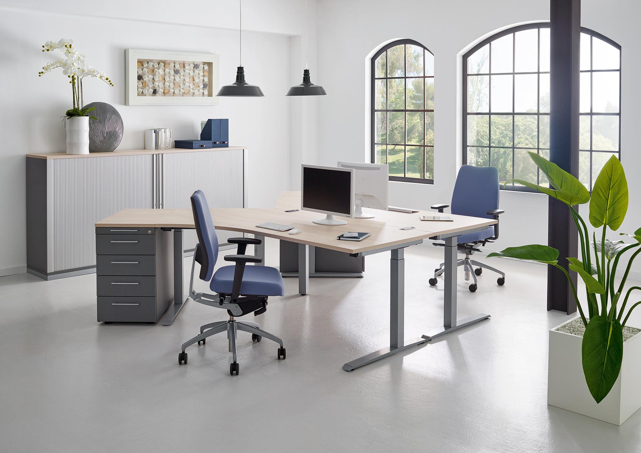 feeling - fm® - Büromöbel: Büroeinrichtung aus Bösel